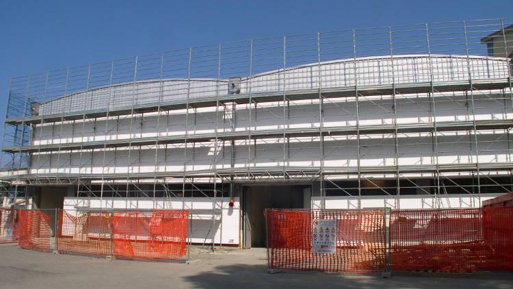 riqualificazione energetica edificio industriale: il cantiere
